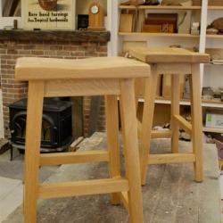 stool_001-jpg